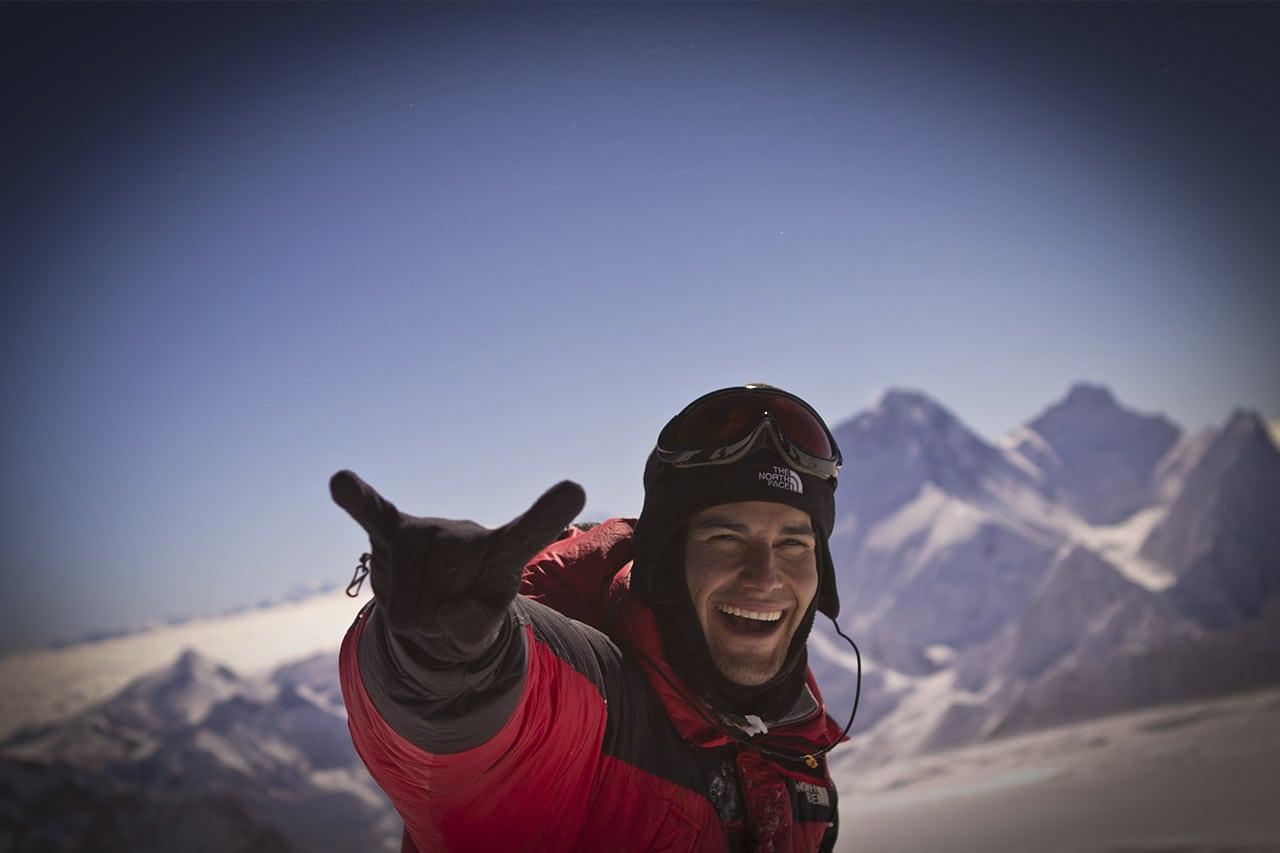 Elia reaches the summit of Mt Cho Oyu